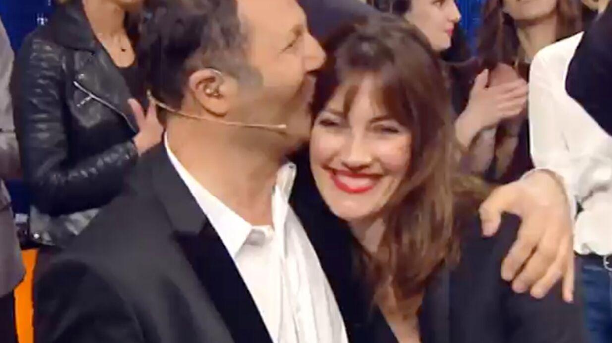 VIDEO Arthur: son doux baiser en direct à sa compagne Mareva Galanter