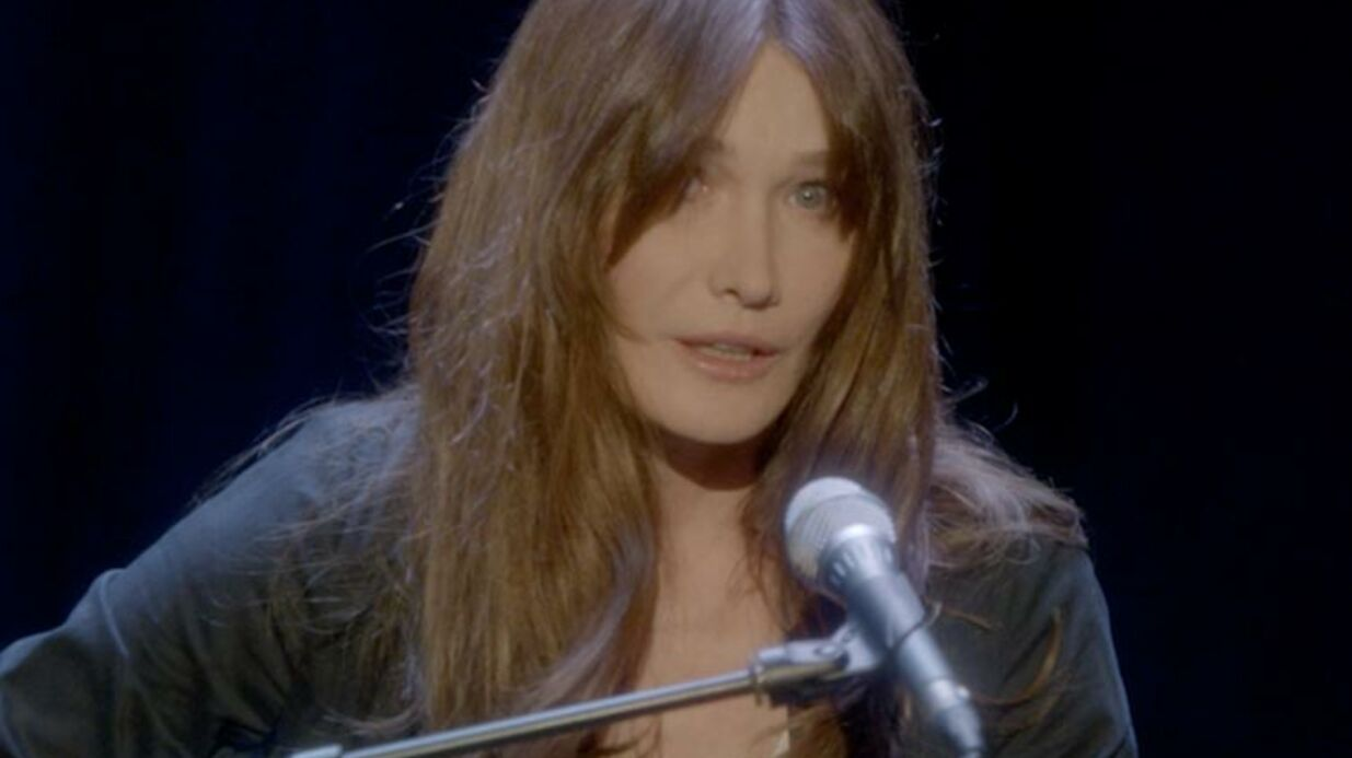 VIDEO Carla Bruni huée par son public