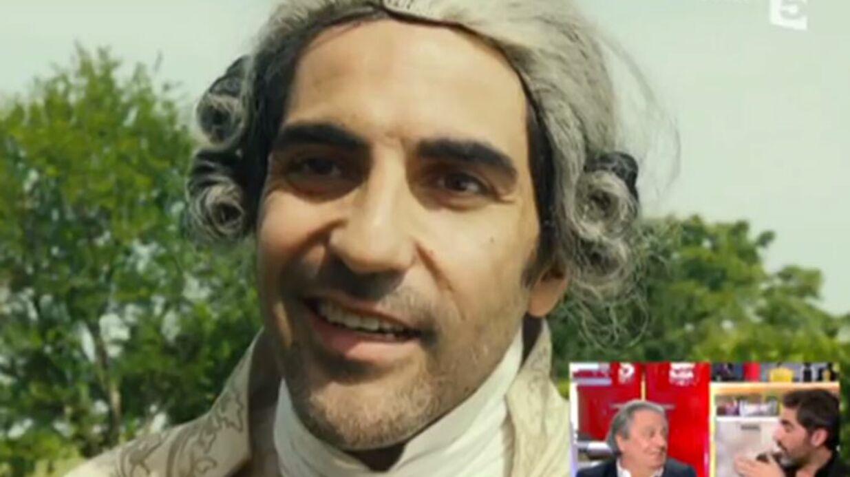 VIDEO Les visiteurs 3:  Ary Abittan n'a toujours pas rendu la perruque qu'il portait sur le tournage du film