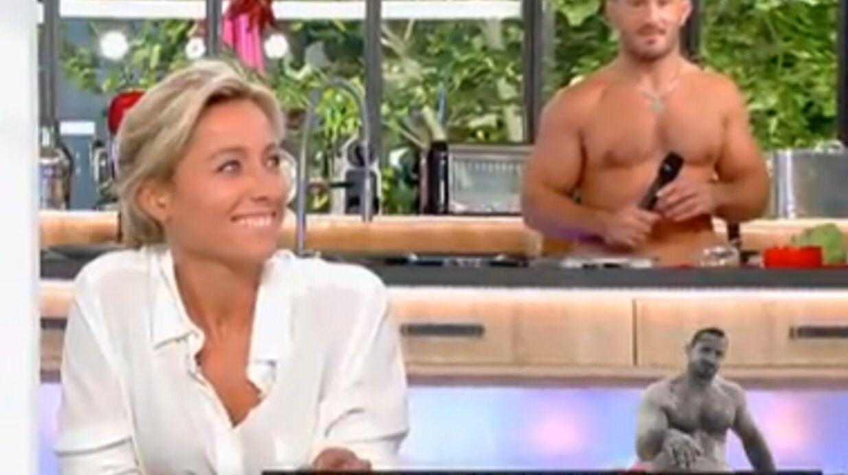 VIDEO Sylvain Potard, à moitié nu, affole le plateau de C à vous