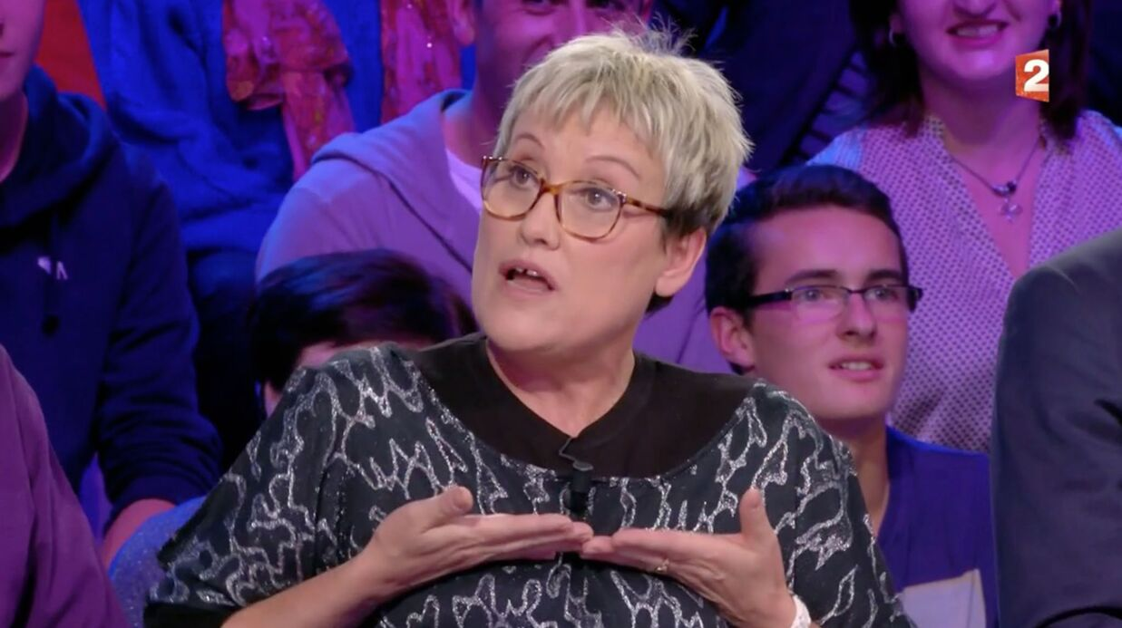 VIDEO Une candidate de Tout le monde veut prendre sa place s'est retrouvée seins nus en soirée