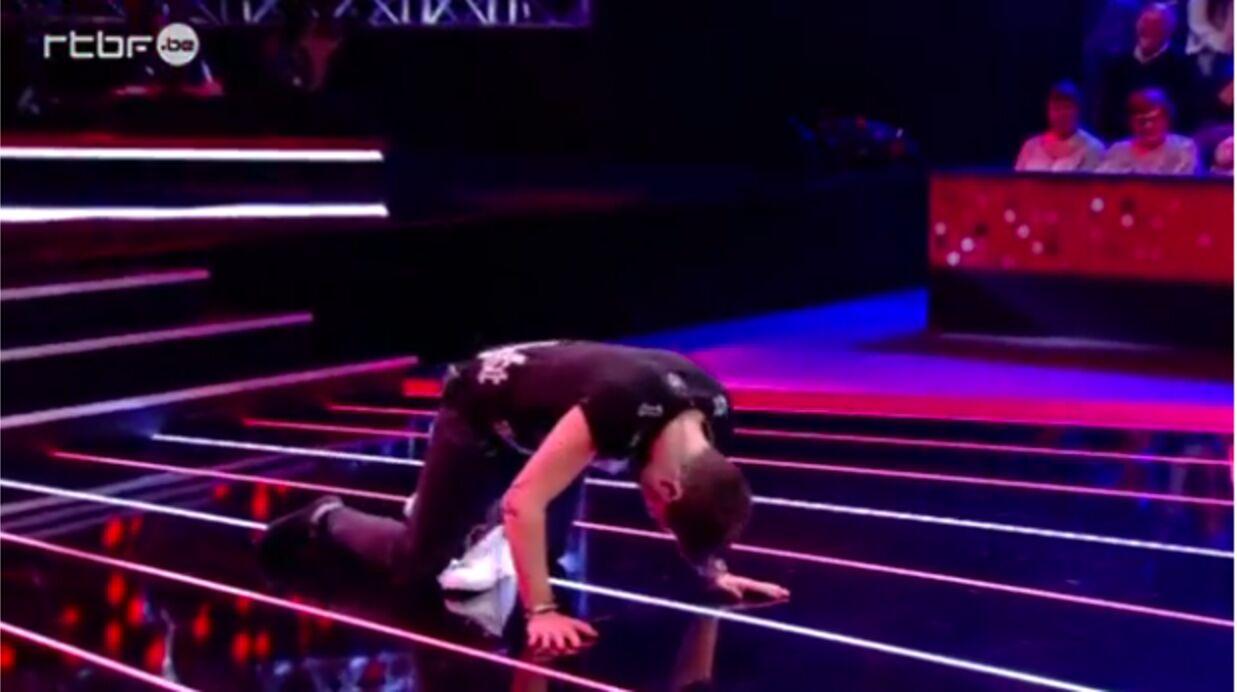 VIDEO La GROSSE chute de Quentin Mosimann sur le plateau de The Voice