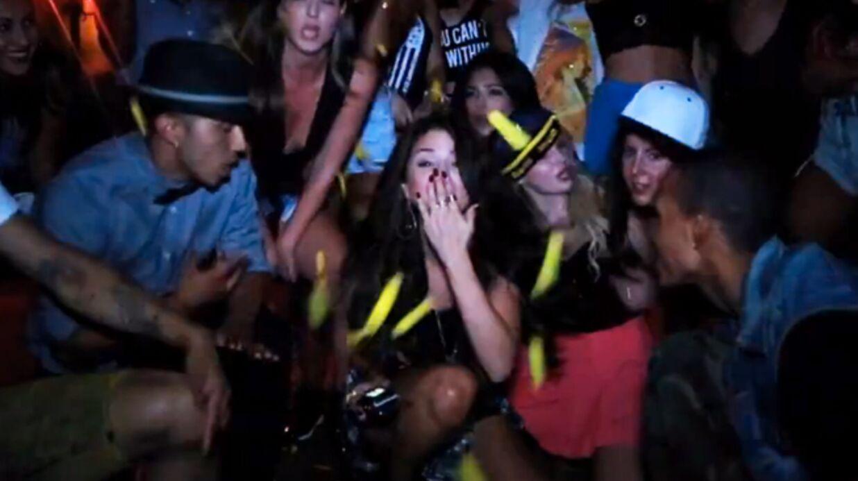 DIAPO Selena Gomez s'éclate à sa fête d'anniversaire