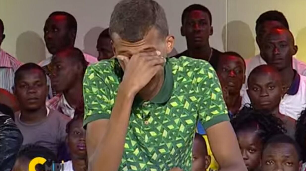 VIDEO Stromae en larmes à la télévision, submergé par l'émotion