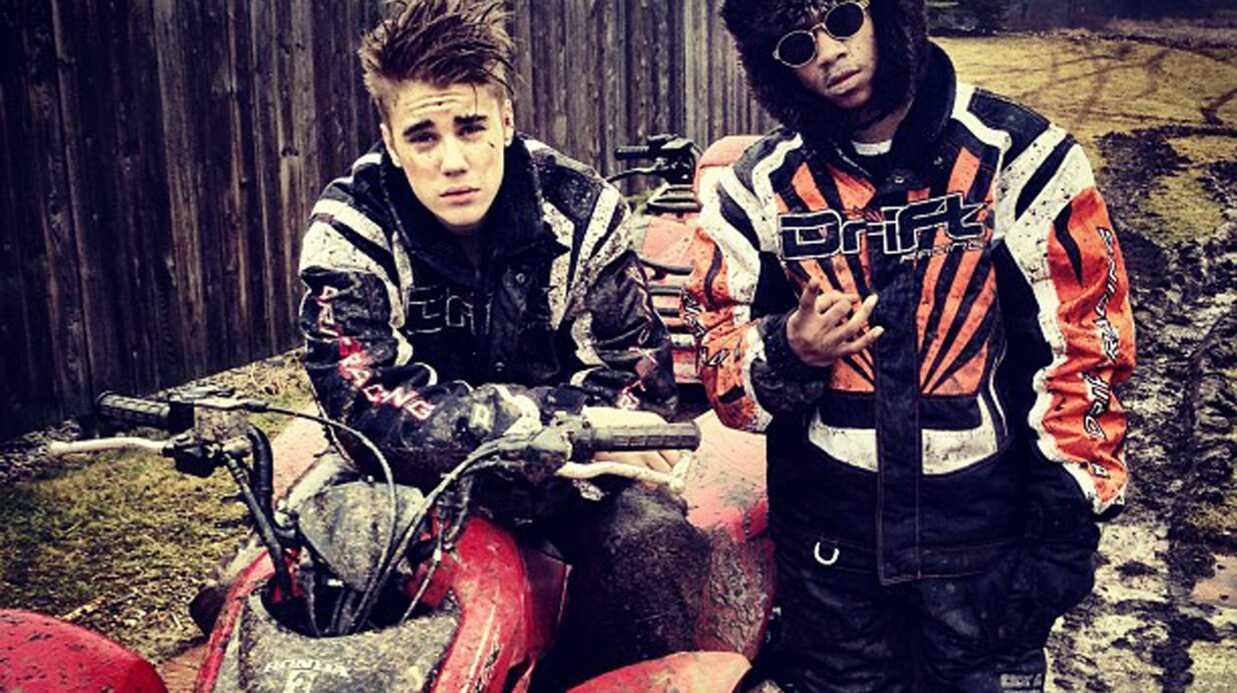 PHOTOS Justin Bieber se défoule en quad pour oublier Selena