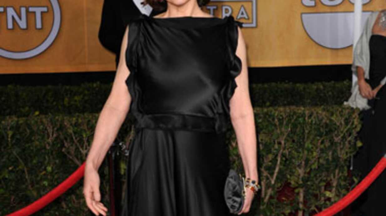 PHOTOS Sigourney Weaver a mis sa robe à l'envers aux SAG Awards