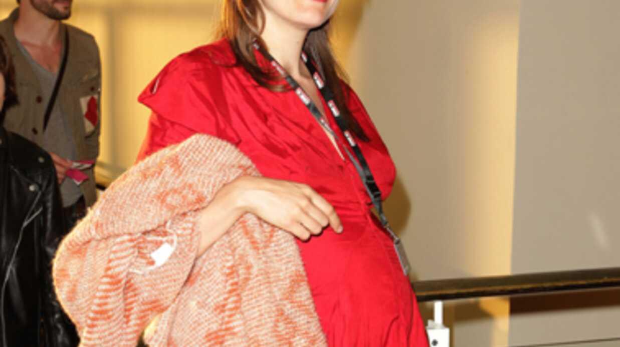 PHOTOS La chanteuse Camille est enceinte de son deuxième enfant