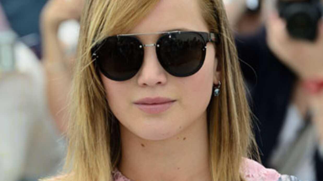 PHOTOS Jennifer Lawrence: son fashion faux pas au défilé Dior