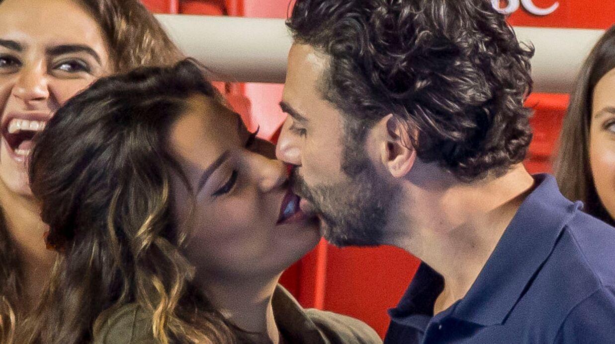 PHOTOS Eva Longoria et son fiancé s'embrassent comme des ados pendant un match de tennis