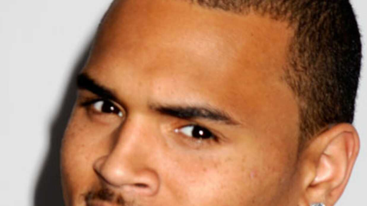 Affaire de la Rolex: Chris Brown généreux (mais pas trop)