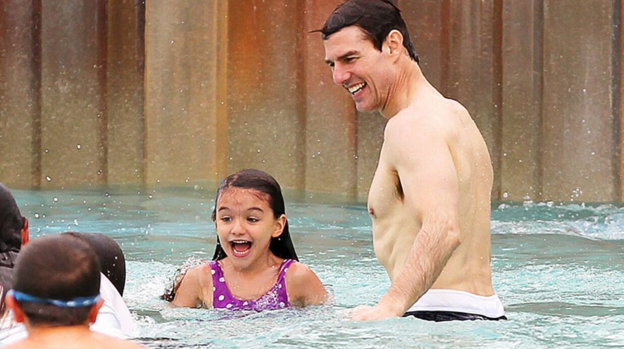 PHOTOS Tom Cruise s'éclate à la piscine avec Suri