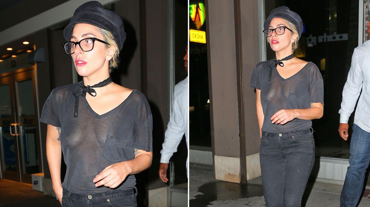 PHOTOS Lady Gaga dévoile sa poitrine nue dans un t-shirt ULTRA transparent