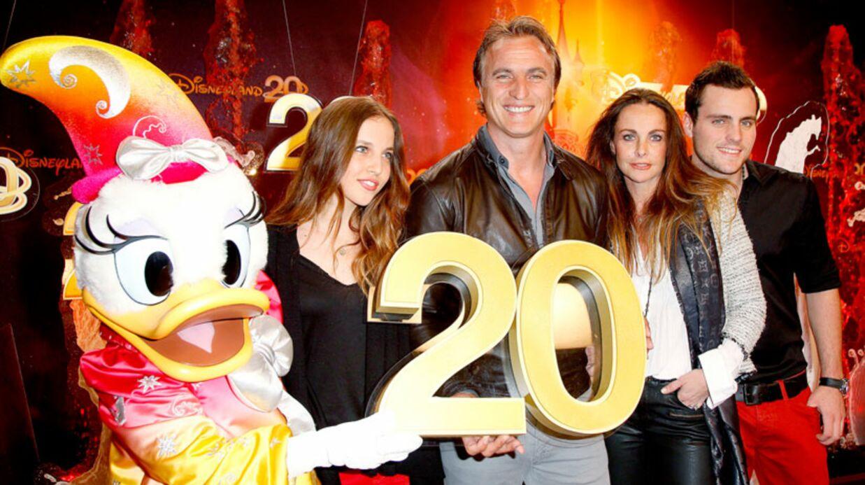 PHOTOS Nolwenn Leroy emmène sa soeur aux 20 ans de Disneyland