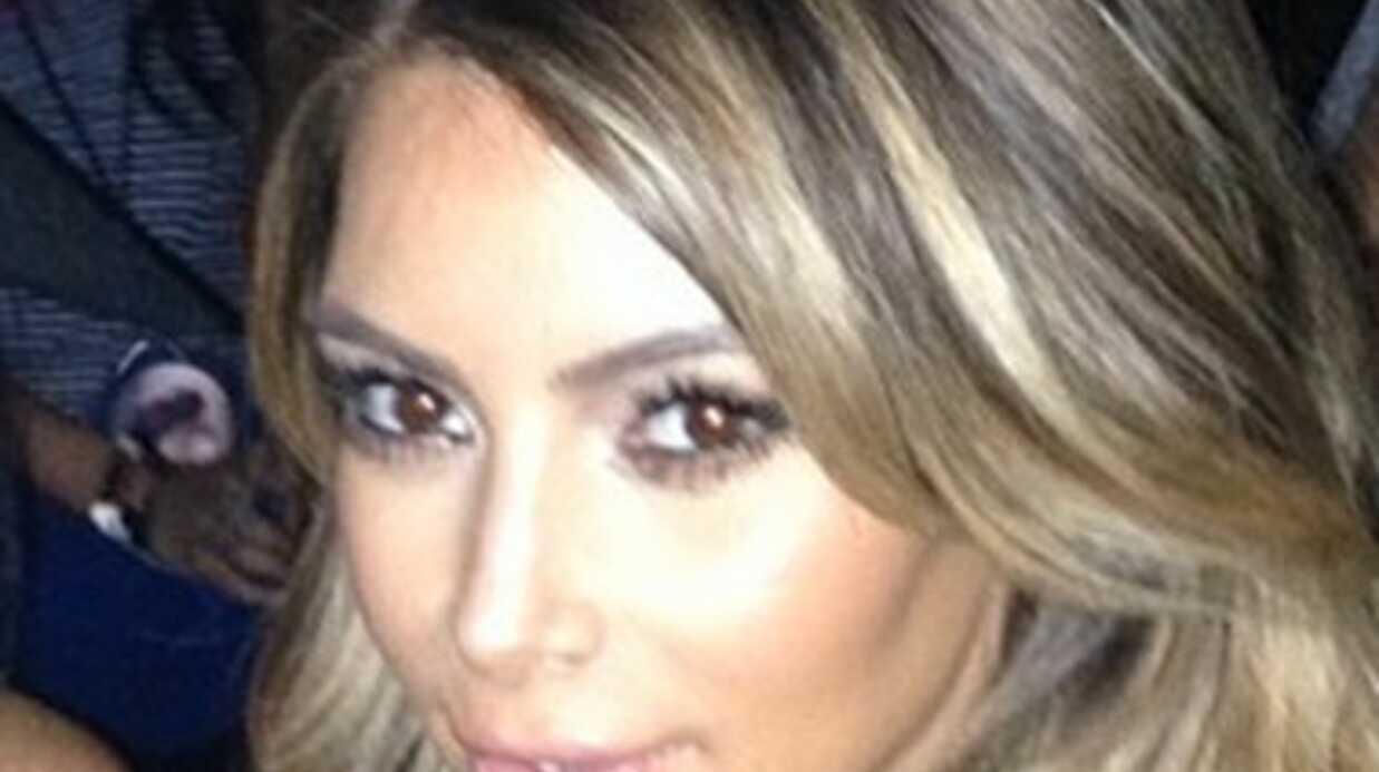 PHOTOS Nabilla devient blonde (et ressemble de plus en plus à Kim Kardashian)