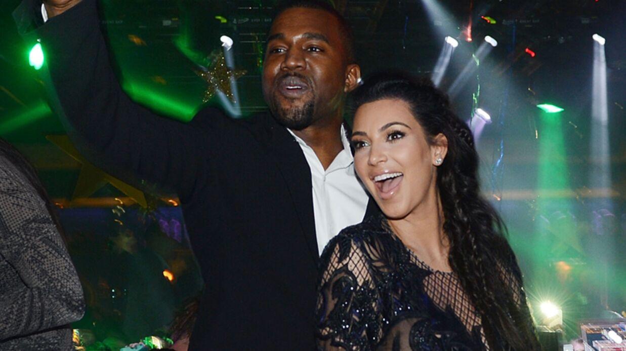DIAPO Kim Kardashian en robe très transparente pour le réveillon