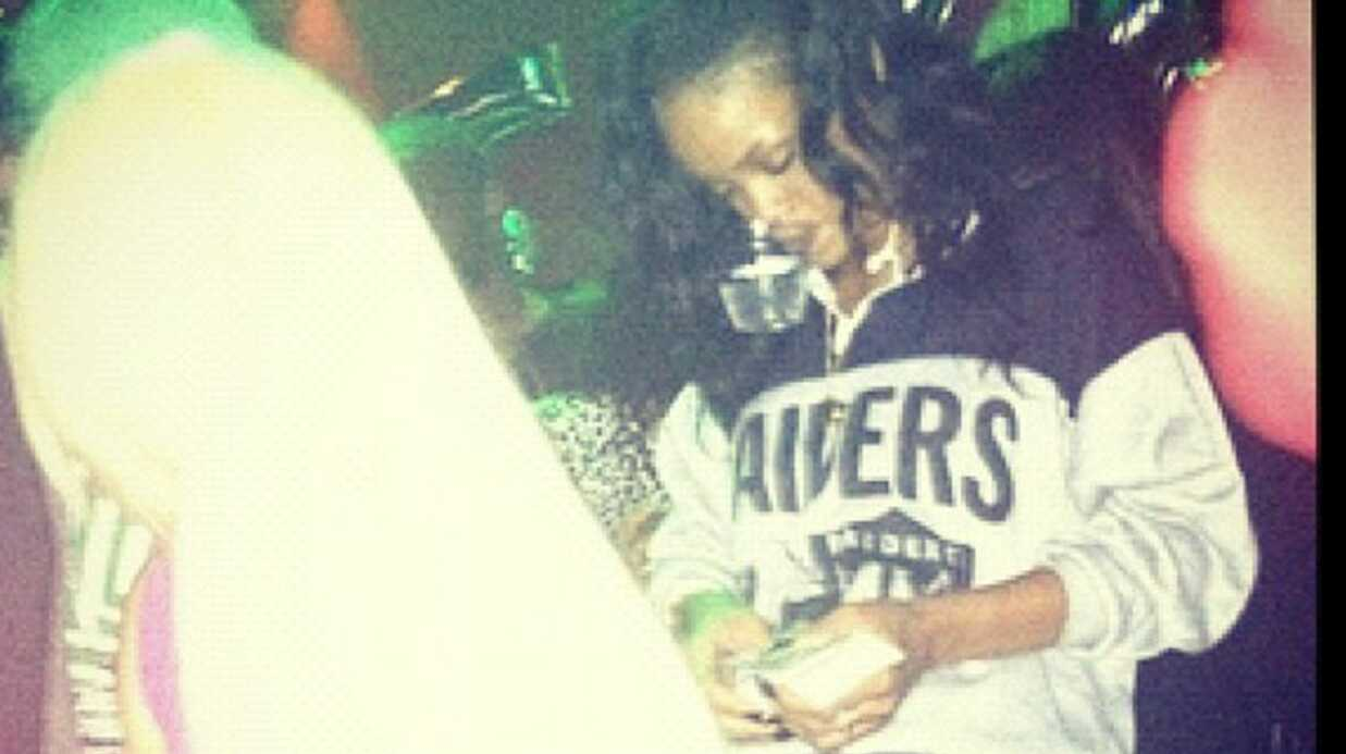 PHOTOS Rihanna se lâche dans un club de strip-tease