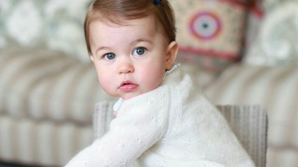 PHOTOS Kate Middleton photographie son bébé Charlotte pour son premier anniversaire