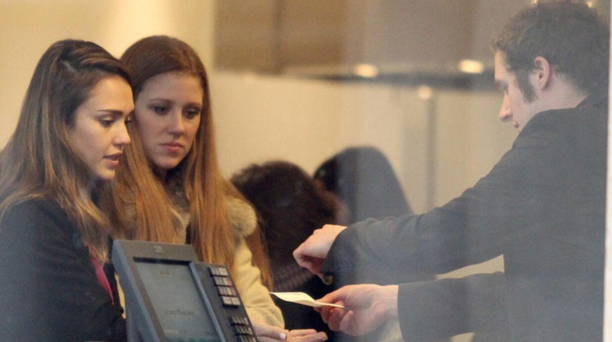 PHOTOS Jessica Alba profite de Paris
