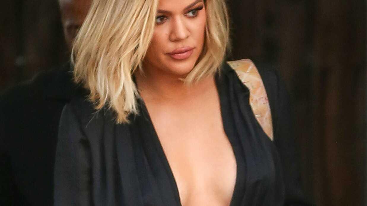 PHOTOS Khloé Kardashian sort d'un studio seins nus sous son top, et ça se voit!