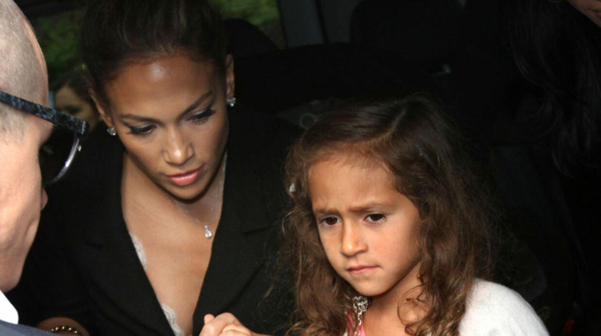 PHOTOS Jennifer Lopez emmène sa fille au défilé Chanel à Paris