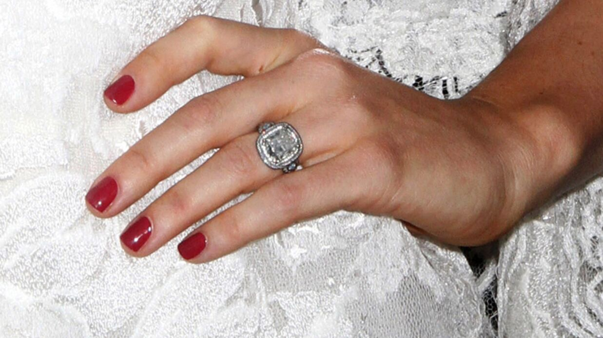 LOOK Jessica Biel: jolie mariée à l'avant-première de Total Recall
