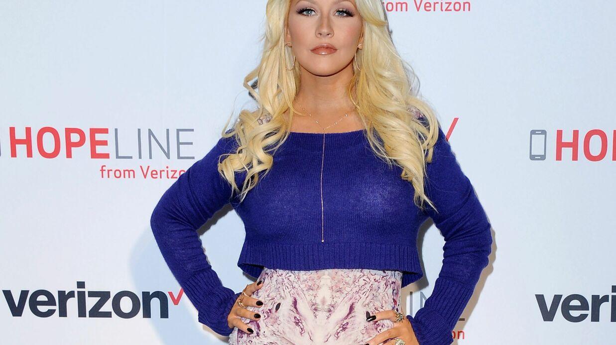 Christina Aguilera dénonce la pression que subissent les mères