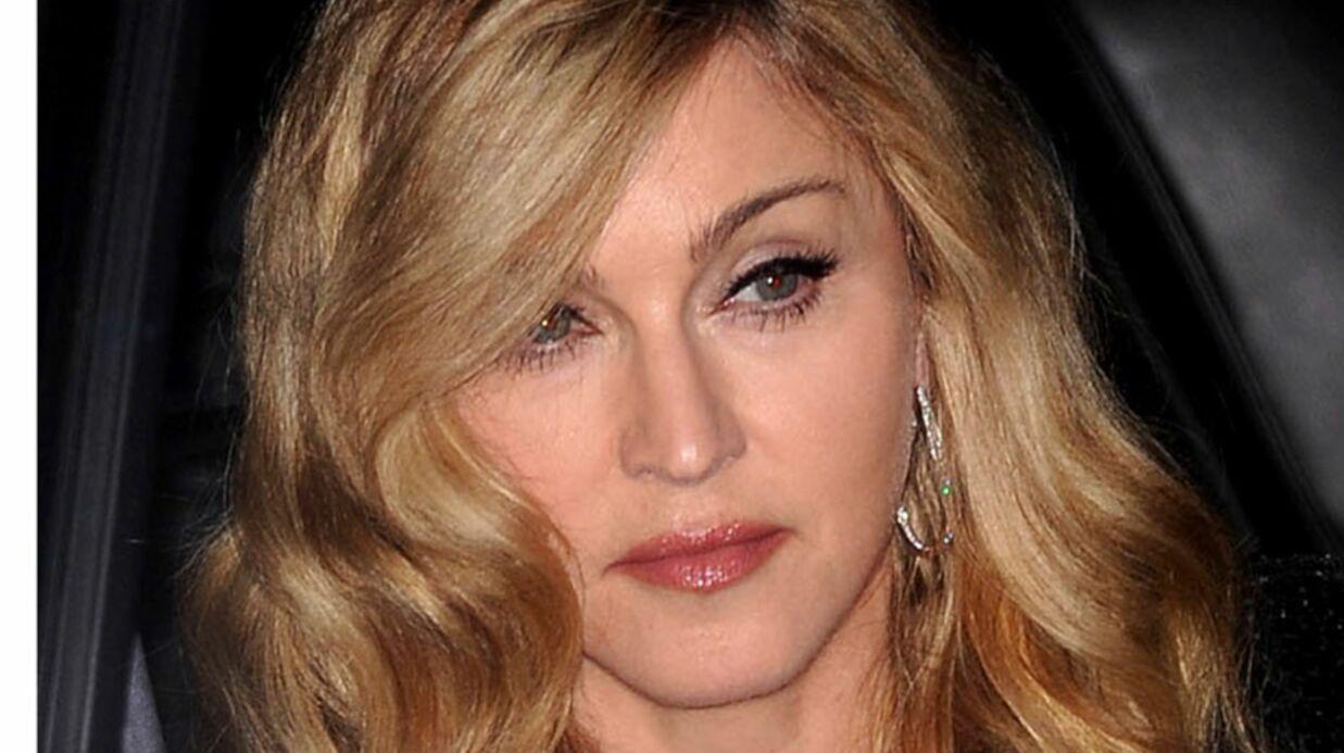 Trahie, Madonna se lance dans une chasse à l'homme