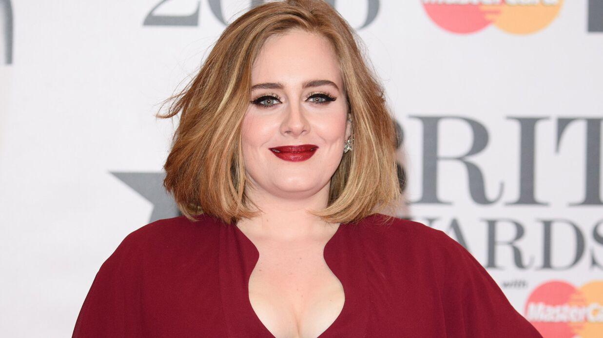 Adele rend une émouvante visite surprise à une enfant mourante