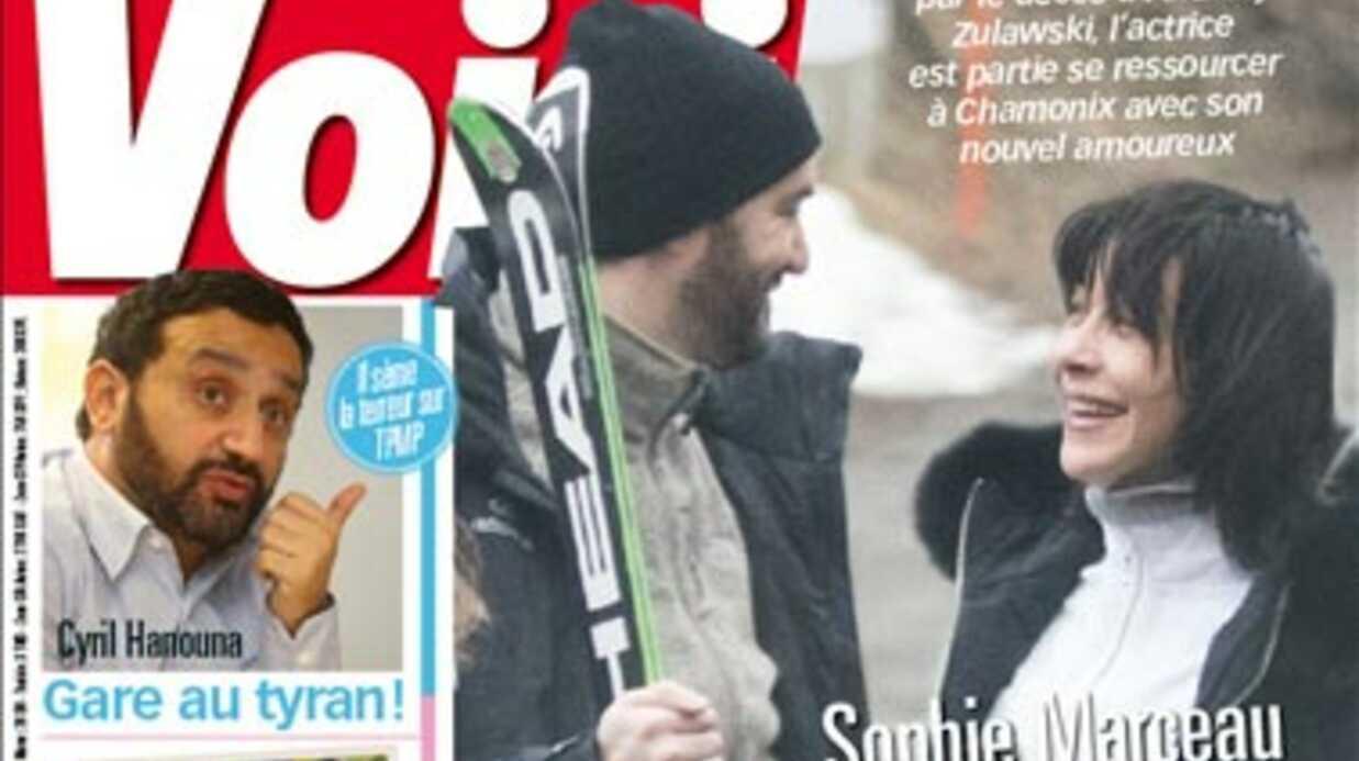 Exclu Voici –  Sophie Marceau et Cyril Lignac en amoureux au ski