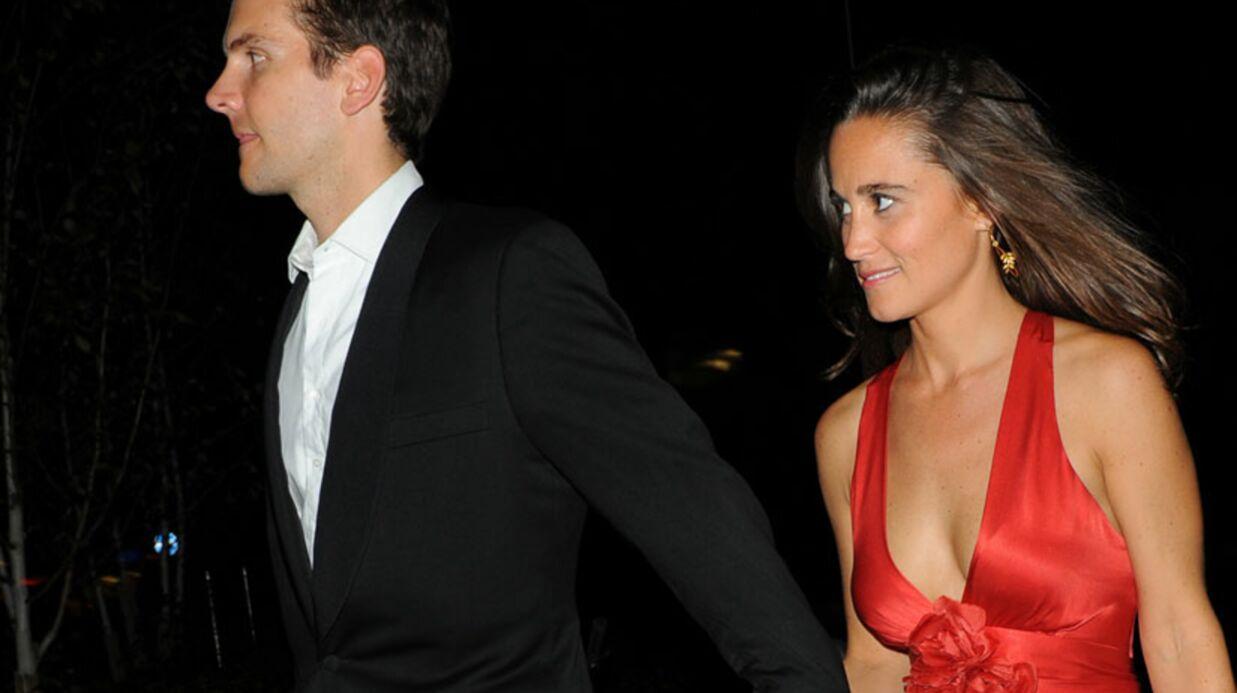 Pippa Middleton, amoureuse, embrasse Alex Loudon