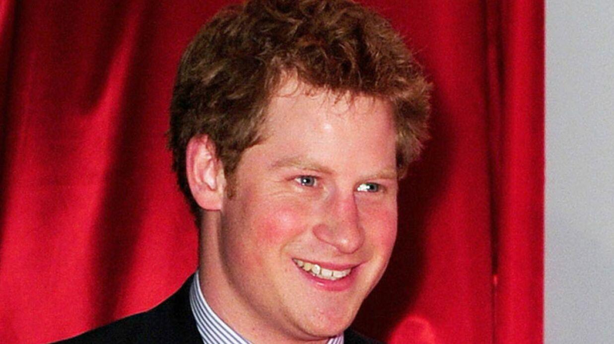Le prince Harry présente sa nouvelle copine à son personnel