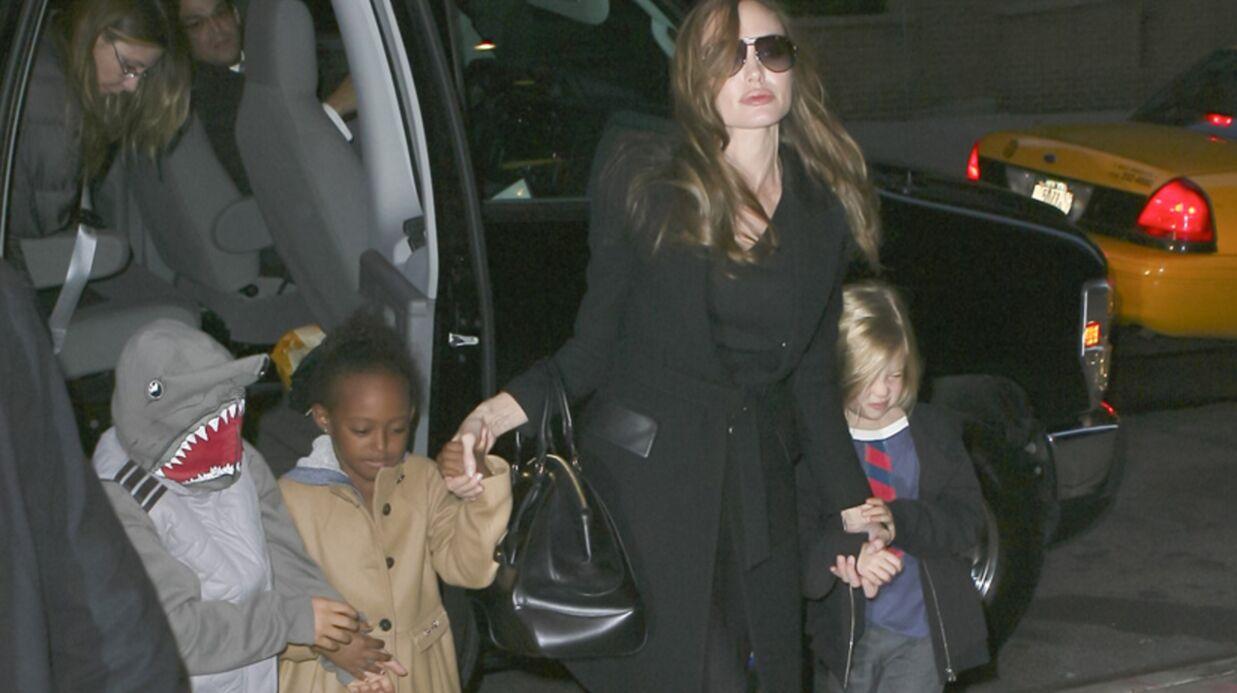 PHOTOS Comment un enfant d'Angelina Jolie échappe aux paparazzis