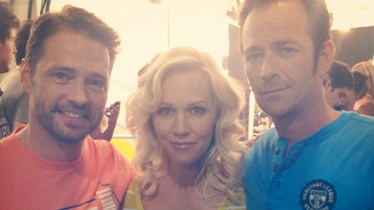 PHOTO Beverly Hills : Jennie Garth retrouve Jason Priest­ley et Luke Perry