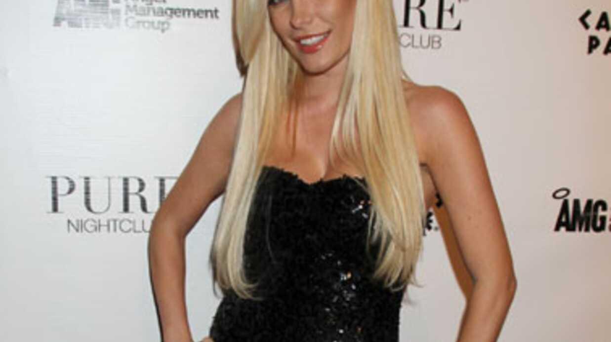 Hugh Hefner: son ex-fiancée de 26 ans retombe dans ses bras