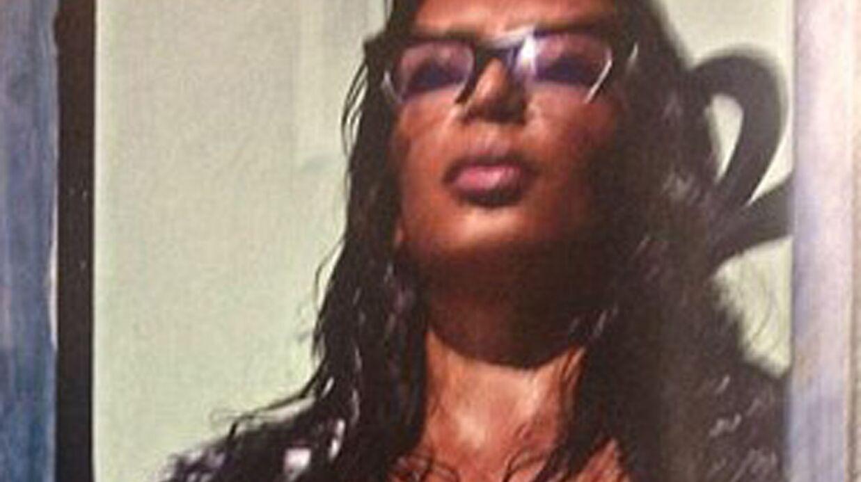 PHOTO Kim Kardashian pose totalement nue et de face pour Love magazine
