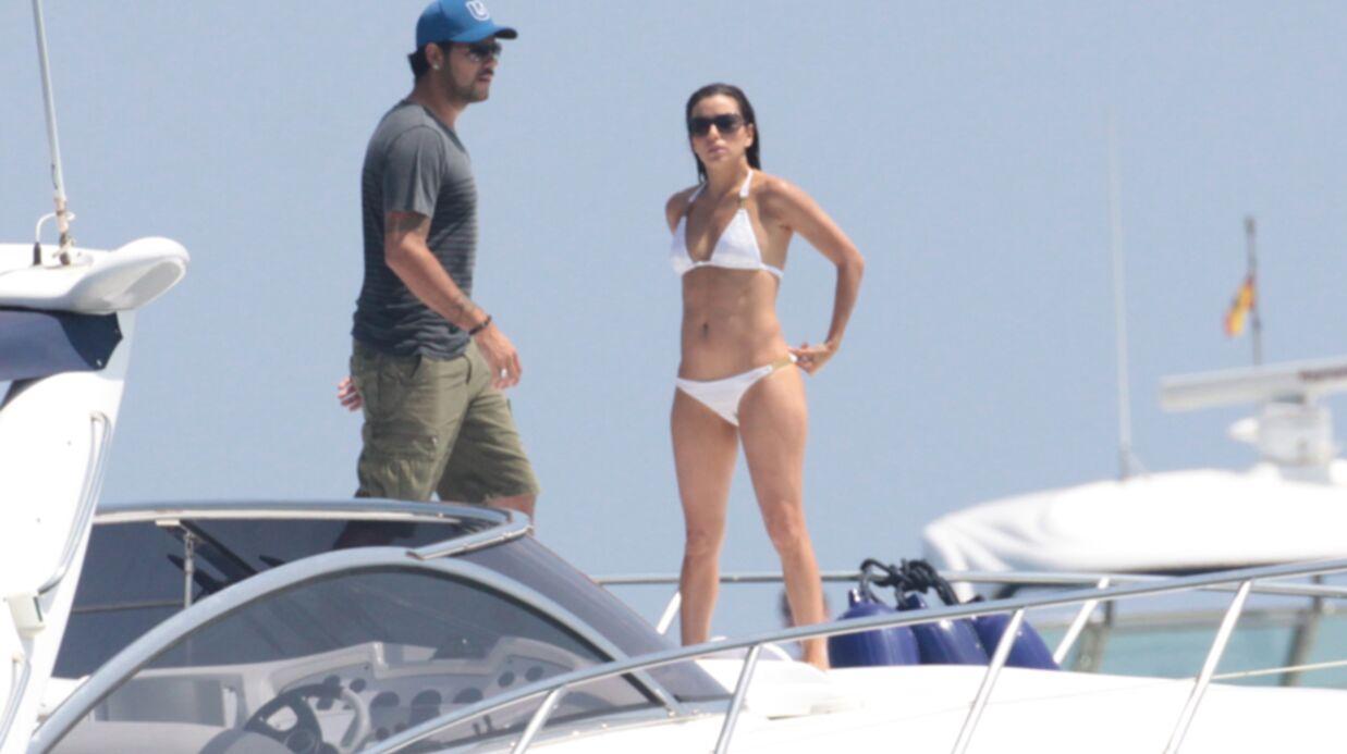 PHOTOS Eva Longoria sexy en bikini dans les bras d'Eduardo
