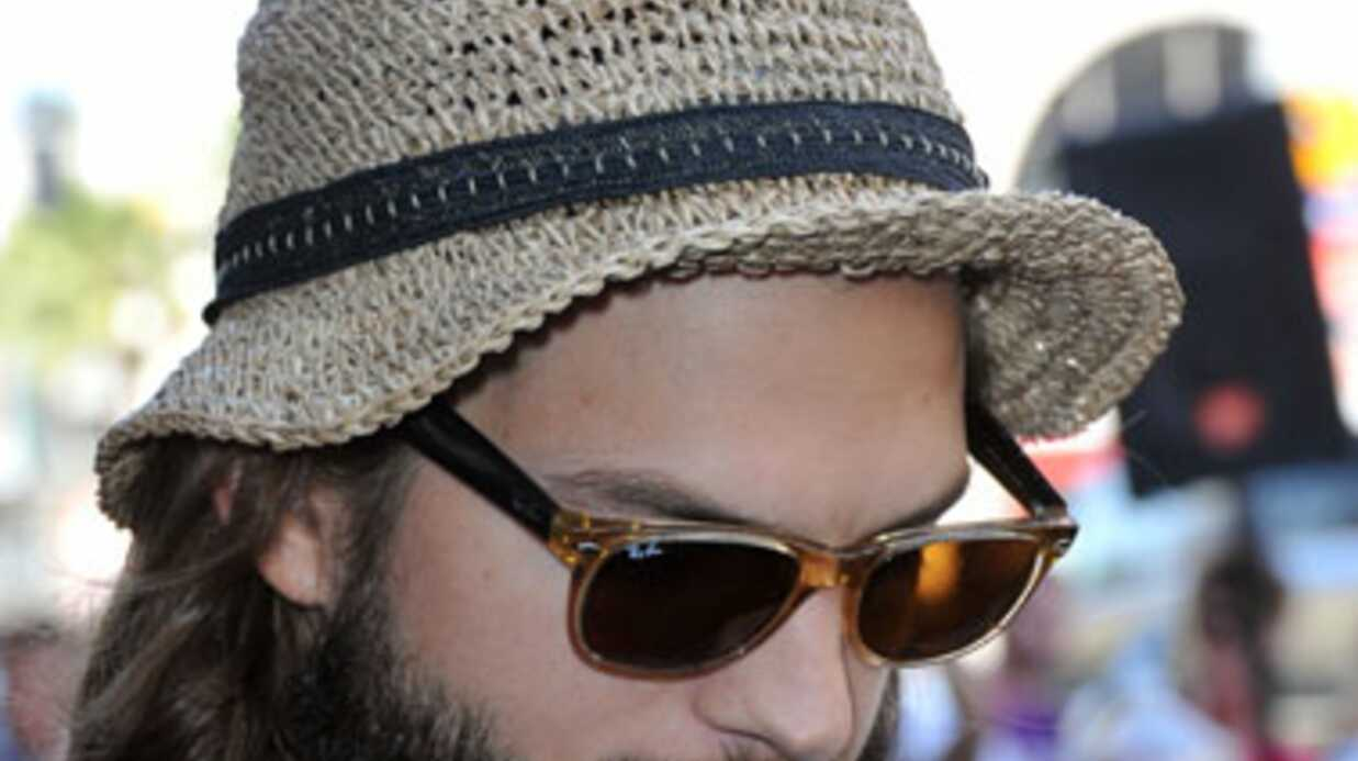 Ashton Kutcher trompe Demi Moore: les photos