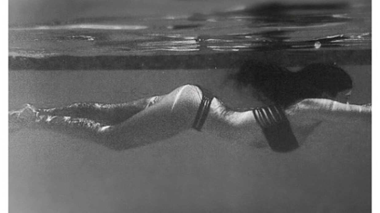 PHOTOS Plongez dans la piscine avec Kim Kardashian