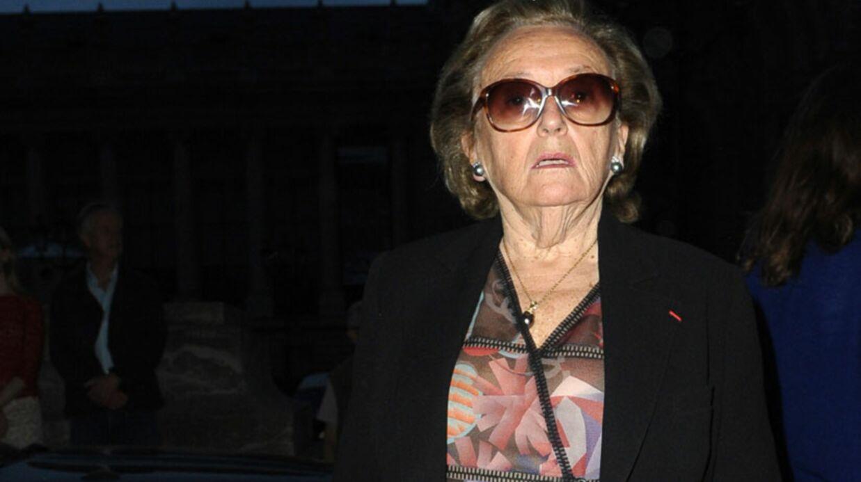 LOOK Bernadette Chirac défile chez Chanel