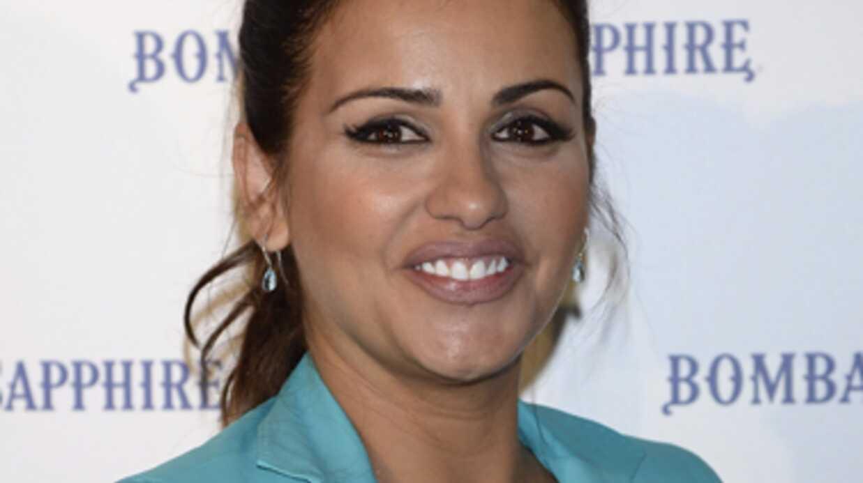 Monica Cruz radieuse pour sa première apparition post-accouchement