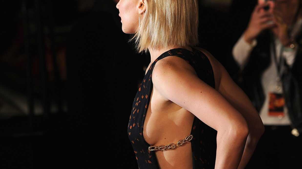 PHOTOS Jennifer Lawrence: son joli side-boob à l'avant-première londonienne de Hunger Games