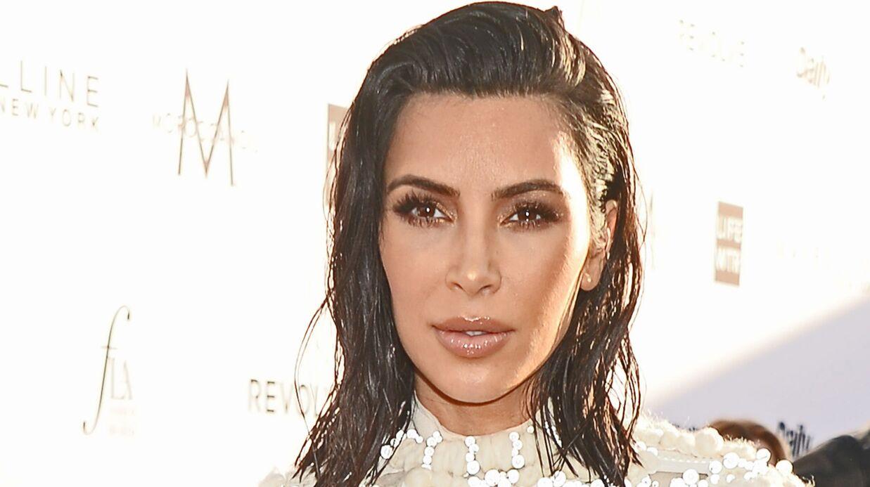 PHOTOS Kim Kardashian: un fan se fait tatouer son nom et celui de Kanye West sur ses cuisses