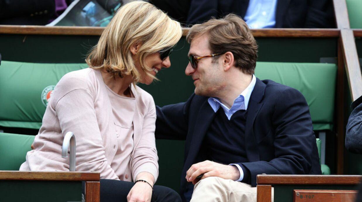 PHOTOS Laurence Ferrari détendue et très amoureuse à Roland-Garros