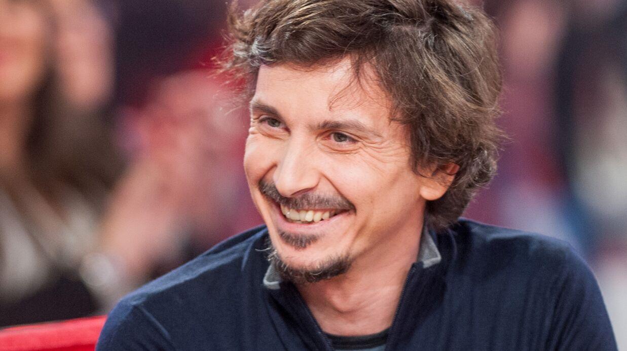 Arnaud Tsamère prend les commandes du jeu Une famille en or