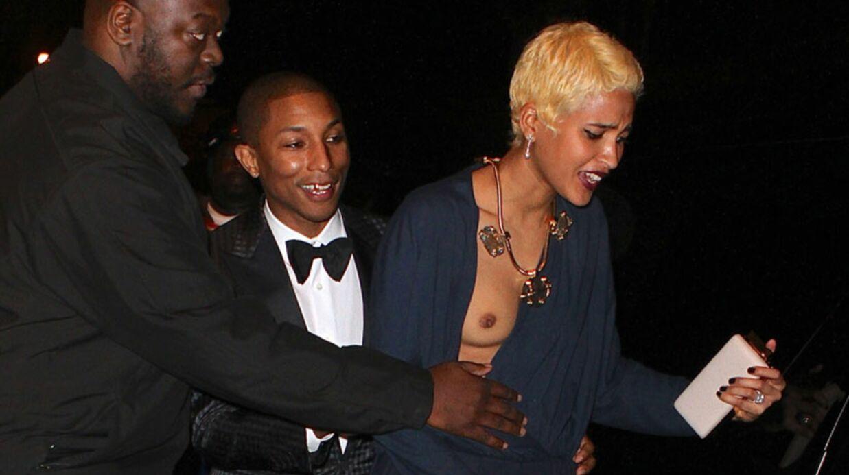 DIAPO Pharrell Williams: sa compagne tombe et dévoile sa poitrine au Met Ball