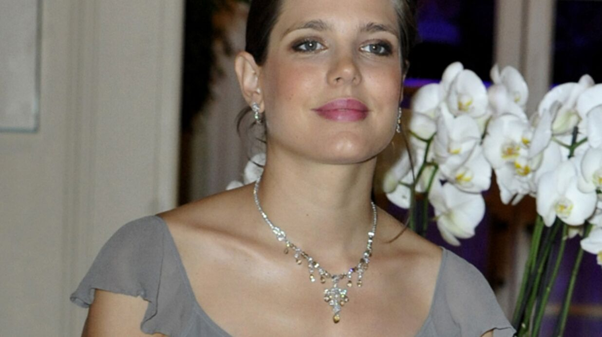 DIAPO Enceinte, Charlotte Casiraghi affiche fièrement ses rondeurs