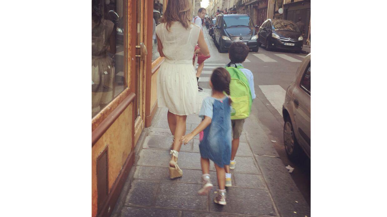 PHOTO Jamel Debbouze immortalise Melissa Theuriau et leurs enfants de retour de l'école