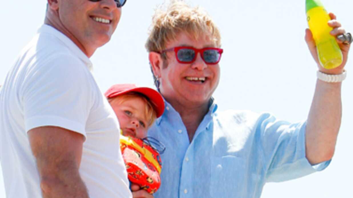 Elton John: le second prénom de son fils est un hommage à son chien mort