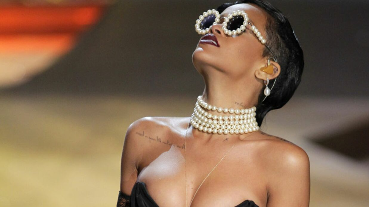 PHOTOS Rihanna en porte-jarretelles au défilé Victoria Secret