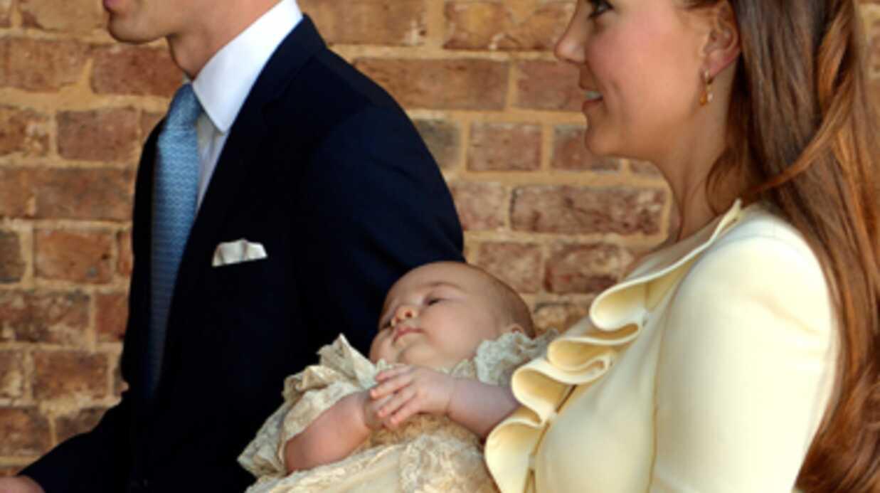5000 poupées du prince George en vente en Grande-Bretagne pour Noël